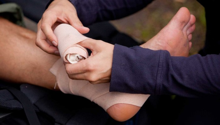 We provide health services training and ohs training, learn first aid today!